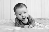 Baby portret zwart wit