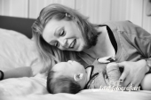 Mama en baby zwart wit