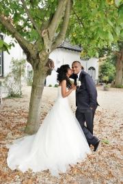 Kusje van de bruid.