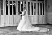 De bruid en haar prachtige jurk
