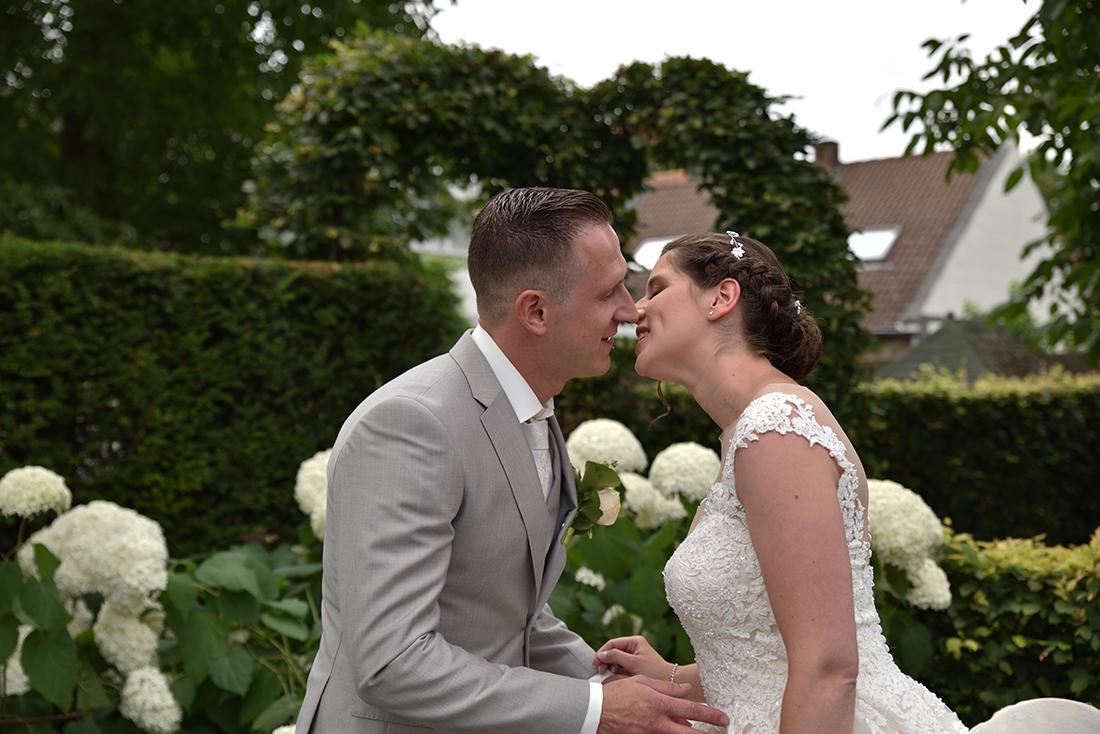 huwelijks ceremonie bij Het oolderhof te Herten.
